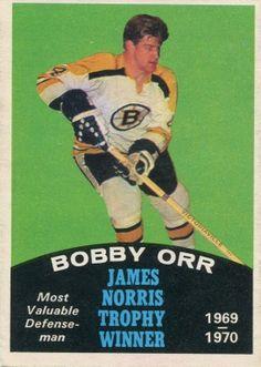 Bobby Orr of the Boston Bruins - Norris Trophy winner. Pens Hockey, Hockey Memes, Hockey Cards, Ice Hockey, Bobby Orr, Boston Bruins Hockey, Hockey World, Boston Sports, Cards
