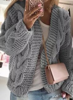 Sweater Coats, Knit Cardigan, Ropa Semi Formal, Knit Fashion, Women's Fashion, Latest Fashion For Women, Fashion Online, Sweat Shirt, Pulls