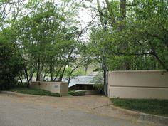 https://flic.kr/p/bG1K3 | Fountainhead | A Frank Lloyd Wright house in Woodland Hills, part of Fondren.
