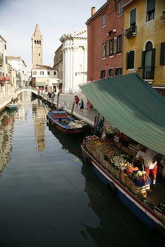 Floating Market - Murano, Italy