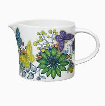 Runo pitcher 1 L, Butterfly /Arabia Heini Riitahuhta Simple Geometric Designs, Pottery Sculpture, Teapots And Cups, Hand Painted Ceramics, Modern Boho, Scandinavian Design, Tea Pots, Butterfly, Tablewares