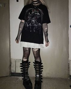 Grunge Outfits, Adrette Outfits, Gothic Outfits, Retro Outfits, Casual Outfits, Fashion Outfits, Cute Goth Outfits, Aesthetic Grunge Outfit, Aesthetic Clothes