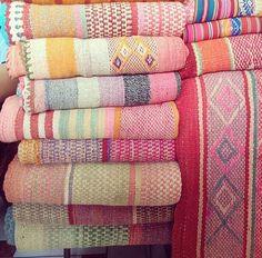 Frazadas / tapis / coloré couvertures du Pérou par elhummingbird