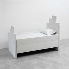 Katrin Arens kids' bed   Remodelista