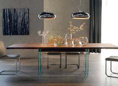 Ikon Drive dining table