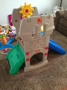 Big Deals for Your LittleOnes. Lisa share some ways to find pricey baby toys for pennies. http://threeladiesandtheirbabies.wordpress.com #moneysaving #babytoys