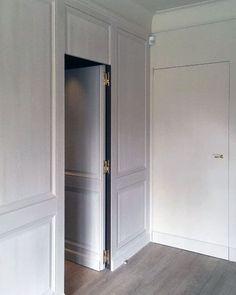 Top 50 Best Hidden Door Ideas - Secret Room Entrance Designs Entrance Design, Door Design, House Design, Hidden Spaces, Hidden Rooms, Hidden Door Bookcase, Cool Doors, Secret Rooms, Diy Barn Door