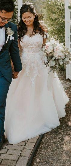 ef1dc8dfe72 26 Best WEDDING DRESSES images