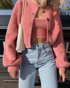 Kaoutarbnh 15 cool back to fashion outfits ideas for the flawless look outfitideas fashionoutfit trendyfashion Pink Outfits, Mode Outfits, Retro Outfits, Trendy Outfits, Fashion Outfits, Womens Fashion, Tomboy Fashion, Fashion Clothes, Vintage Outfits
