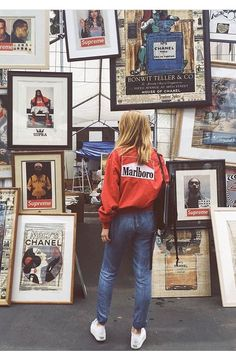 I love her outfit 90s Fashion, Vintage Fashion, Foto Casual, Foto Pose, Retro Aesthetic, Photo Diary, Vintage Photography, Selfies, Womens Fashion