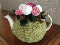 Tea cosy Crochet Bunny Pattern, Crochet Patterns, Crochet Ideas, Crochet Home, Knit Crochet, Knitting Projects, Crochet Projects, Types Of Weaving, Cozy Cover