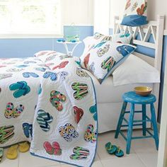 flip flop quilts to make | wonderful flip flop wardrobe adorns our exclusive, handcrafted quilt ...
