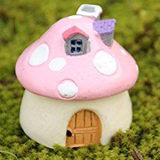 Ever dreamed of having a micro garden? Then fairy gardens would be great for you.  Fairy gardens might be inspired by mythical, magical and tiny creatures, but you obviously don��