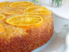 Bolo invertido de laranja e amendoas Fica úmido