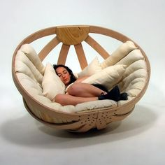 cradle for adults / yanko design -- I want this chair and I have the perfect spot for it to sit and read and relax. My New Room, My Room, Cuddle Comfort, Nature Design, Yanko Design, Cool Gadgets, Must Have Gadgets, Modern Chairs, My Dream Home