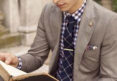striped shirt and tie I like