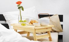 DIY Cretive Bed Tray http://www.goodshomedesign.com/diy-cretive-bed-tray/