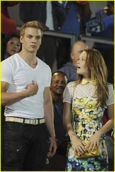 just watched how to build a better boy, loved it <3 #marshallwilliams #kelliberglund #htbb
