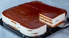 Vynikajúci rýchly recept na krémovú dobrotu, ktorú viete prirpaviť za pár minút a vyzerá aj chutí miliónovo. Recept z youtube. Birthday Cake Gif, Cake Mix Recipes, Bread Cake, Just Cakes, Banana Bread Recipes, Vintage Recipes, Cupcake Cakes, Cupcakes, Desert Recipes