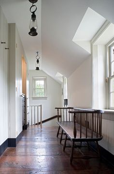 Hallway Decorating Ideas ~ Humpdays with Houzz - Town & Country Living. Lanterns as hanging light fixtures