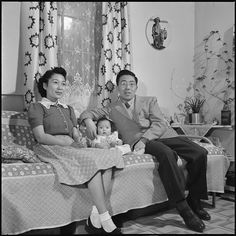 File:Heart Mountain Relocation Center, Heart Mountain, Wyoming. A typical Nisei family