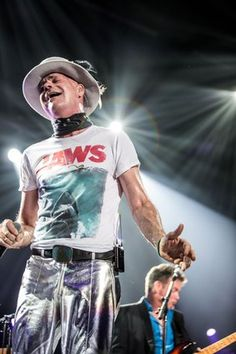 Gord Downie, the Tragically Hip frontman who united a diverse array of music lovers with his commanding stage presence and Canadiana-laced lyrics, has died. I Am Canadian, Greatest Rock Bands, Hey Man, Folk Music, My Favorite Music, Music Lovers, Cool Bands, Rock And Roll, Beautiful People
