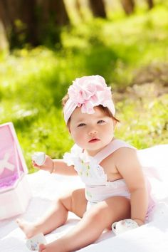 tea party, outdoor pictures for babies, six month pictures, sitting up, tea party set, tea party dishes, children's photography, baby photography,