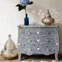 blue, white and silver. Love the pattern and textures here.