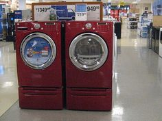 Lawsuit over front-load washers may drive consumers back to energy-wasting models.