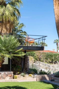 Palm Springs Modernism Week 2015 // Franz Alexander House, Photo by Tom Ferguson | Yellowtrace