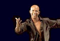 """Jandy Feliz llega por primera vez a Montevideo para presentarse en Teatro Metro este sábado 4 de mayo a las 21 Horas. Una noche de salsa con el popularmente como la voz de la banda de """"Chichi Peralta"""", intérprete y autor de grandes éxitos como """"Amor Narcótico"""", """"Procura"""" y """"Despertarás""""."""