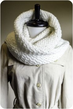 Snowdrift - Free pattern on Ravelry. Looks like a perfect quick knit for holiday gift knitting!