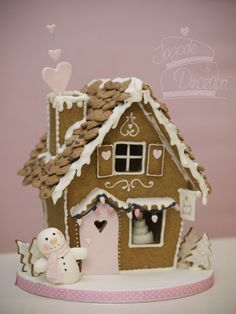 gingerbread house  by  JAGODE & DINOZAVRI Cool Gingerbread Houses, Gingerbread House Designs, Gingerbread House Parties, Christmas Gingerbread House, Christmas Sweets, Christmas Cooking, Christmas Goodies, Gingerbread Cookies, Christmas Crafts