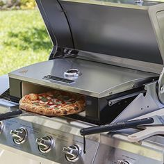 The BakerStone Professional Series Pizza Oven Box allows you to transform your grill into a gourmet pizza oven. Converts most and Larger Gas Grills into a Gourmet Pizza Oven. Bakes Pizza, Breads and Cookies. Roasts Meat and Vegetables, Cooks Best Smoker Grill, Bbq Grill, Grilling, Pizza Bake, Pizza Dough, Pizza Pizza, Churros, Pizza Oven Kits, Modern Kitchens