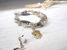 Un bracelet romantique 3 rangs Arrêt Sur Images par annemarietollet