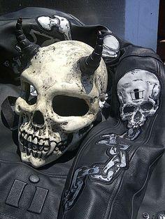 real skull from deviltail customs