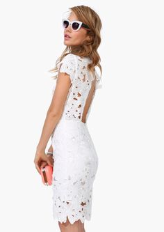 Lace pencil dress, great as a rehearsal dress Style Work, Mode Style, White Fashion, Look Fashion, Pretty Dresses, Beautiful Dresses, Gorgeous Dress, Crochet Bodycon Dresses, Rehearsal Dinner Dresses