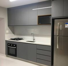 Wall tiles only Kitchen Cupboard Designs, Kitchen Room Design, Modern Kitchen Design, Home Decor Kitchen, Kitchen Layout, Interior Design Kitchen, Kitchen Furniture, Modern Kitchen Interiors, Cuisines Design