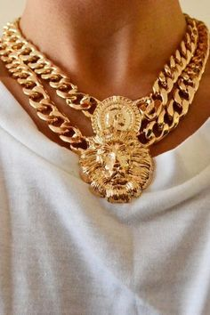 NECKLACE: http://www.glamzelle.com/collections/jewelry/products/chunky-gold-lion-queen-necklace