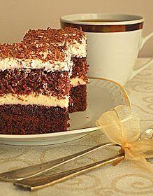 Bardzo delikatne ciasto, idealne do popołudniowej kawy. Mięciutki, wilgotny kakaowy a'la biszkopt, przełożony słodkim w...