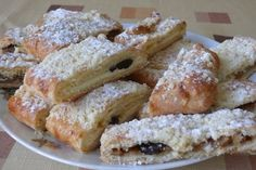 Recept na výborný štrúdl, který zachutná snad každému. French Toast, Breakfast, Food, Morning Coffee, Essen, Meals, Yemek, Eten