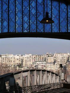 gare d'Austerlitz, Paris was born in a hospital across the street from this station! Les Gobelins, Metro Paris, Have A Nice Trip, Train Stations, Paris France, Passport, Trains, Photos, Pictures