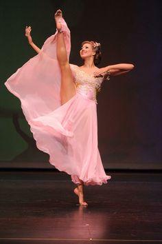 Graceful Girl 2015 Dance Pictures, Dance Art, Prom Dresses, Formal Dresses, Calisthenics, Just Dance, Dance Outfits, Dance Costumes, Dress Ideas