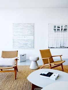 CH25 armchair by Hans J. Wegner from Carl Hansen & Søn | automatism: Seaside Sophistication