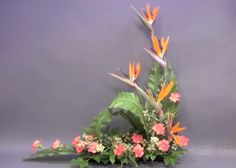 Webmail :: We think you might like these Pins Church Flower Arrangements, Vase Arrangements, Holiday Centerpieces, Arte Floral, Ikebana, Floral Design, Decks, Creative, Bouquets