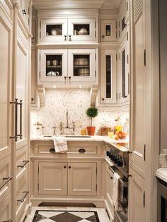 Oh. My. Galley. Kitchen.  georgianadesign:    Mini elegance. Phillip Mitchell in House & Home.