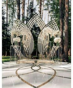Garden wedding ceremony decorations photo backdrops new ideas Wedding Ceremony Ideas, Wedding Altars, Wedding Stage, Ceremony Decorations, Outdoor Ceremony, Wedding Bride, Wedding Backdrops, Backdrop Decorations, Ballroom Wedding