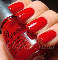 This is my favorite nail polish and color. Diy Nail Polish, Nail Polish Designs, Nail Art Designs, Red Polish, Red Manicure, Red Nails, Hair And Nails, Chloe Nails, Bella Nails