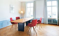 http://www.girsberger.com/dining/tische/onda/
