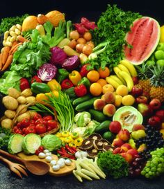 Raw Food explained why eat raw what equipment you will need for a raw food diet healthy vegan organic Raw Food Recipes, Gluten Free Recipes, Healthy Recipes, Healthy Habits, Juicing For Health, Health And Nutrition, Health Fitness, Clean Eating, Healthy Eating